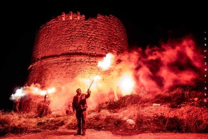 Fuego en una torre en Mallorca