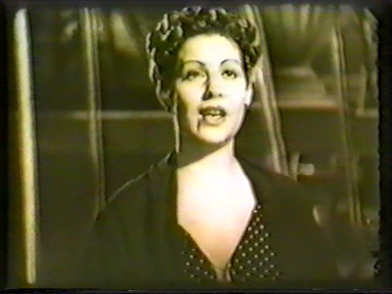 Fotograma de la película La verbena de Edgar Neville