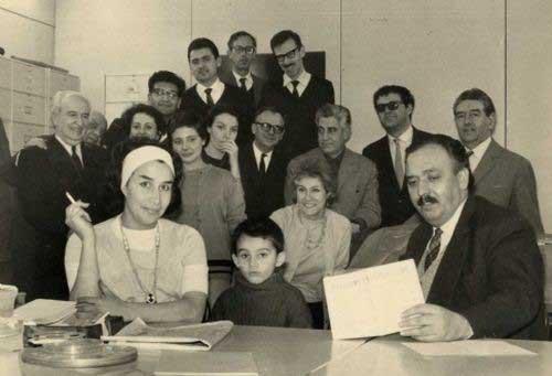 Adelita del Campo en la radio junto a sus compañeros