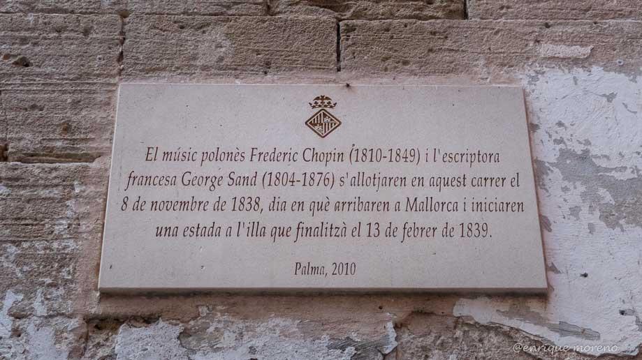 Placa en la Calle del Mar en Mallorca dedica a Chopin