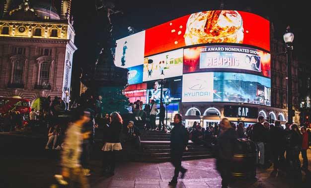 Carteles luminosos (III): Piccadilly Circus